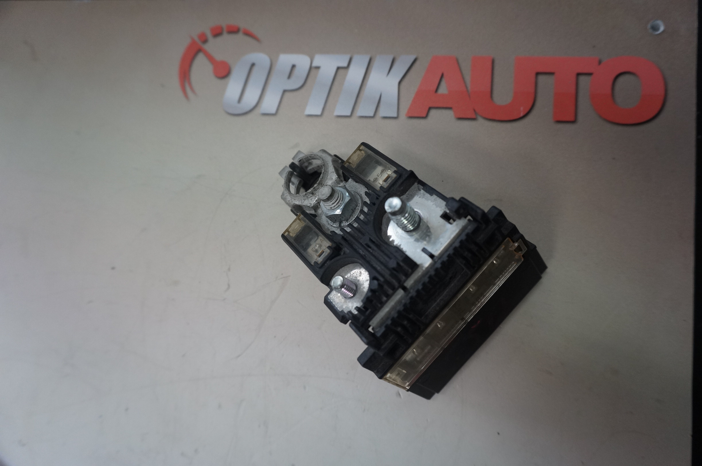 Products Archive Optikauto Infiniti M37 Fuse Box G37 Q60 Ex35 Qx50 Fx35 Qx70 Q70 Jx35 Qx60 2008 2017 Holder Positive Link 24080jk60a
